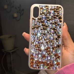 iPhone X or XS bedazzled phone case 😍